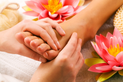 FEET CARES: HOW TO GET A SOFT AND WELL-MAINTAINED FEET