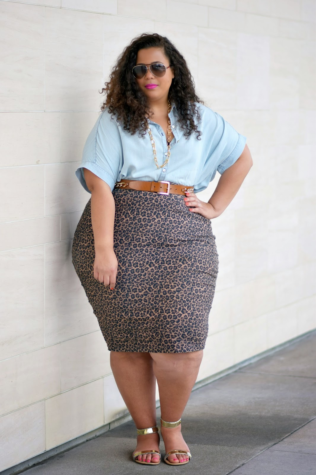Plus size chambray shirt outfit