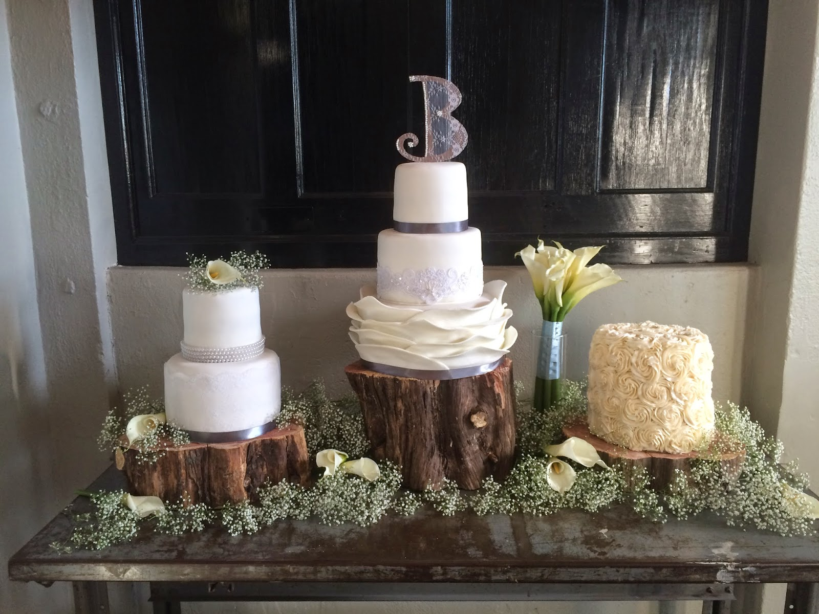 Cake Decorating Store Wichita Ks : SugarLips Cakery: The Blunt Wedding Cakes