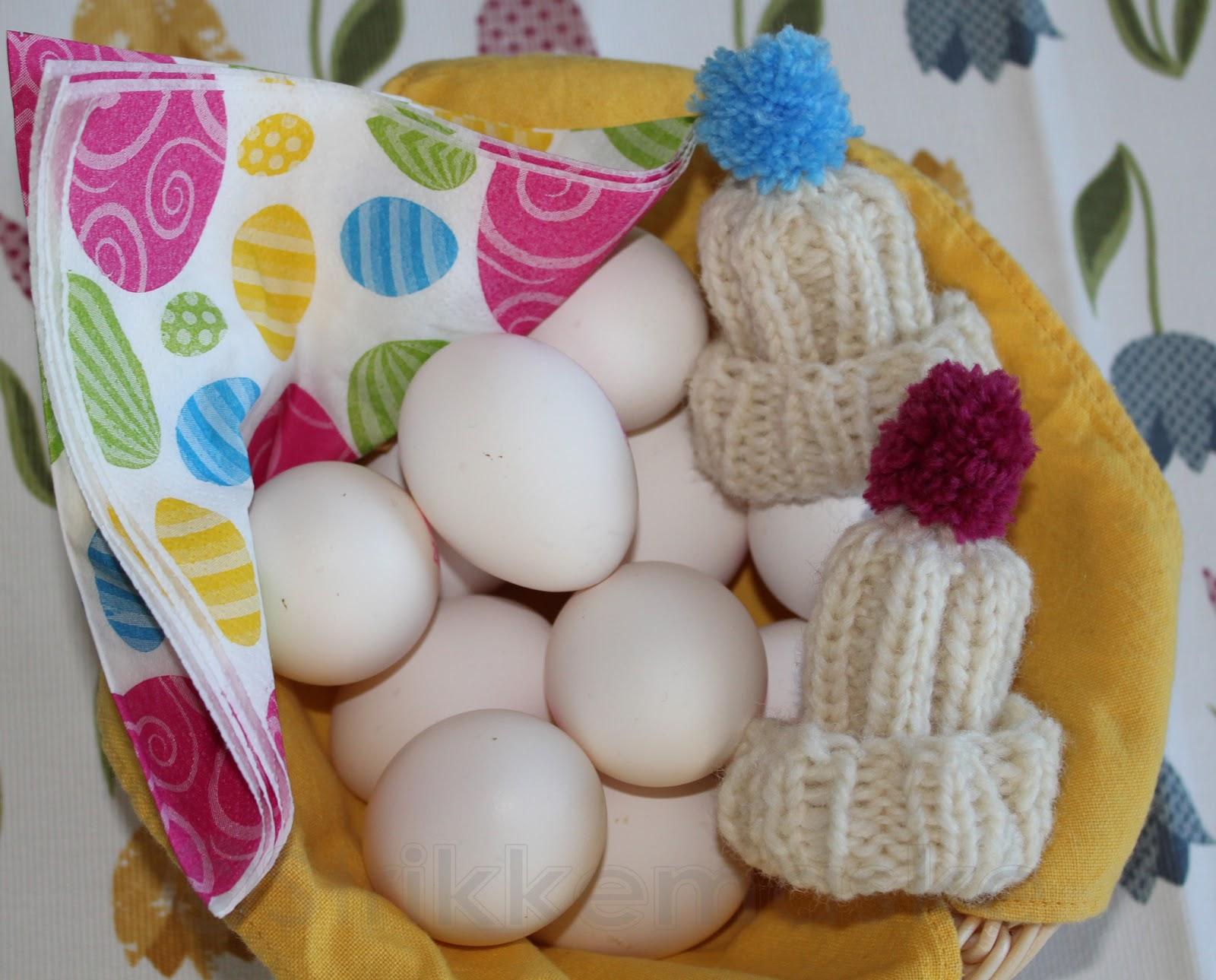 Strikket Eggvarmere med oppskrift