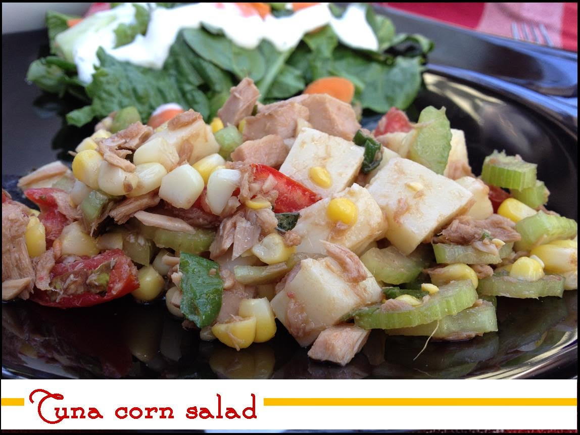 Delicious summer tuna corn salad - www.lifeinrandombits.com #salad #dinner #recipe