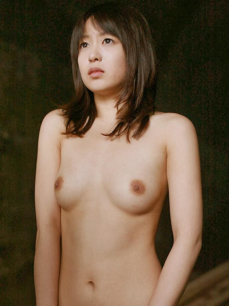 Nana Nanaumi nude
