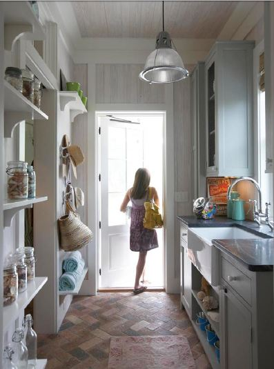 Boiserie c cucine 25 soluzioni per piccoli spazi ma scenografiche - Cucine piccoli spazi ...