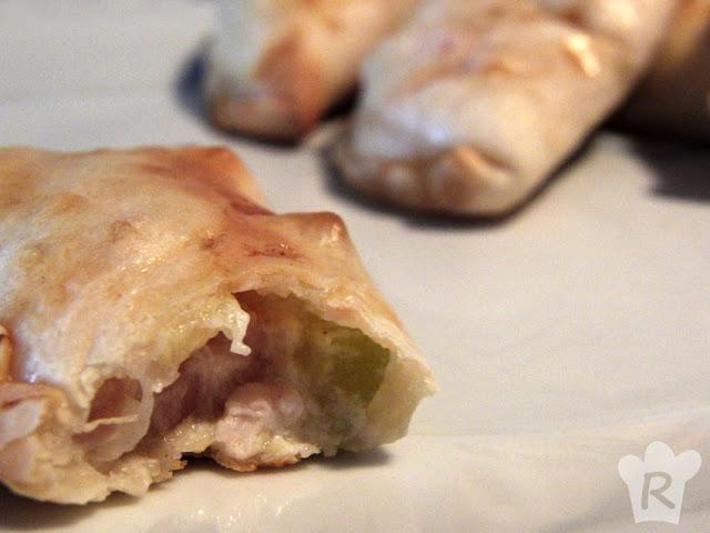 Empanadillas cremosas de calabacín y pollo