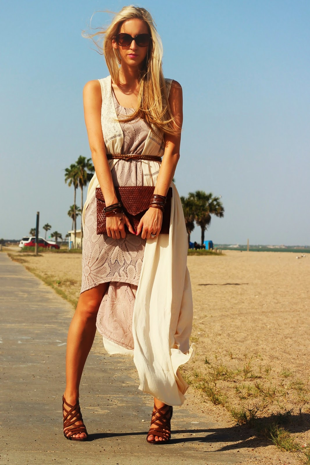 http://www.fabphilosophy.blogspot.com/2014/05/outfit-of-day-boho-on-beach.html