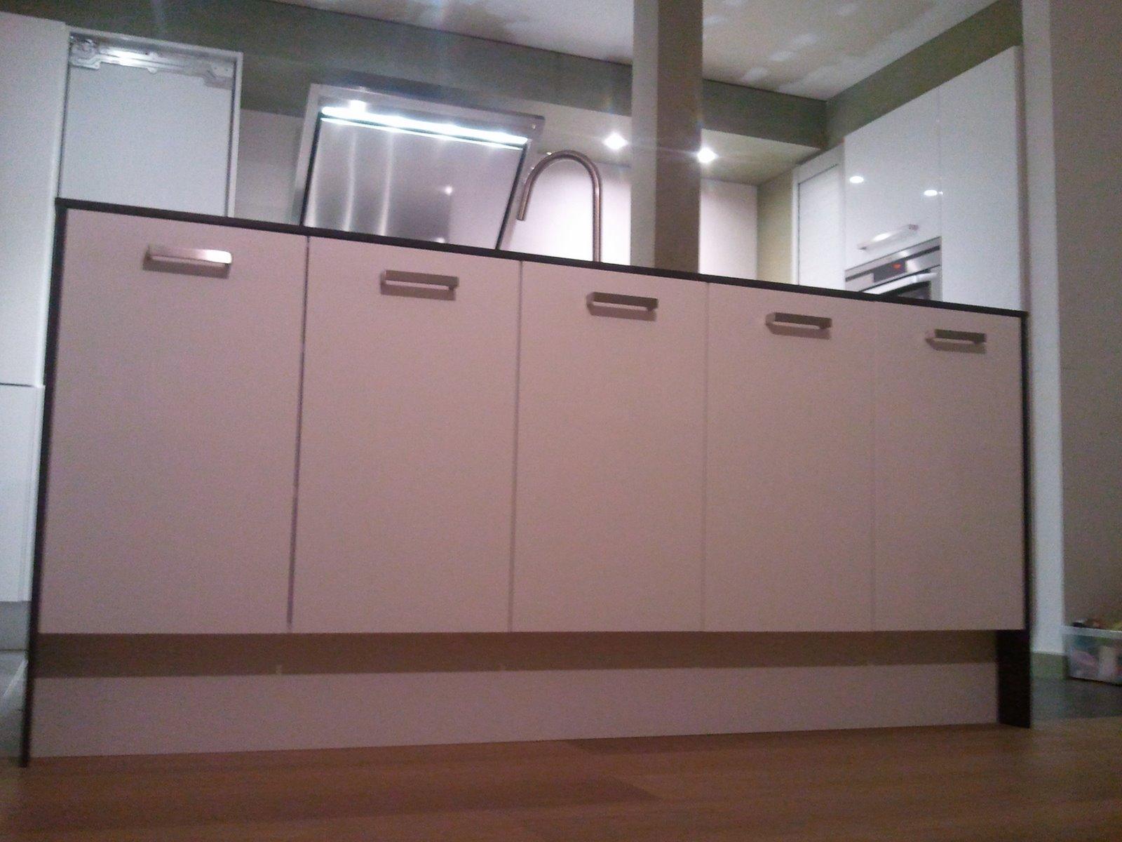 Ons Huisje: Keukeneiland op sokkel
