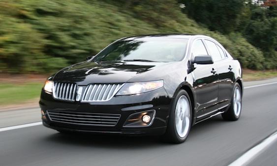 2012 Lincoln MKS 11