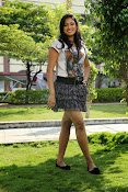 Hari Priya sizzling photo shoot-thumbnail-17