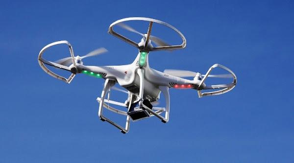 Drone (Pesawat Tanpa Awak / UAV). ZonaAero