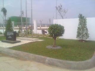 minimalist home garden sawang ijoasri