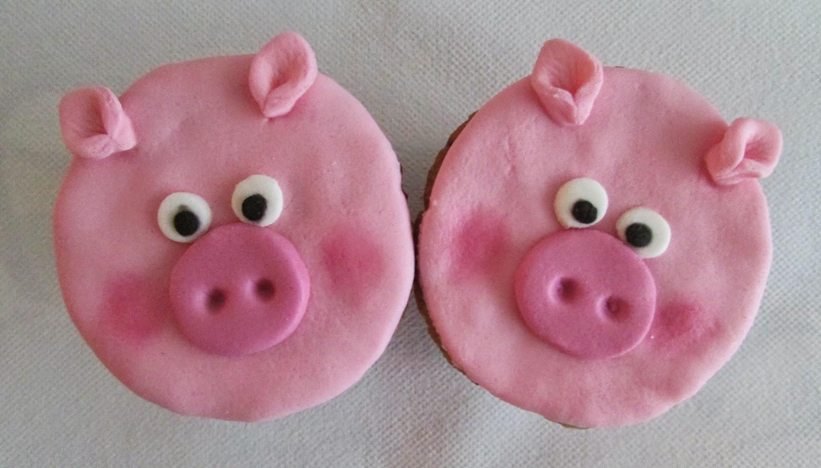 cupcakes-cochinitos-fondant-rosa