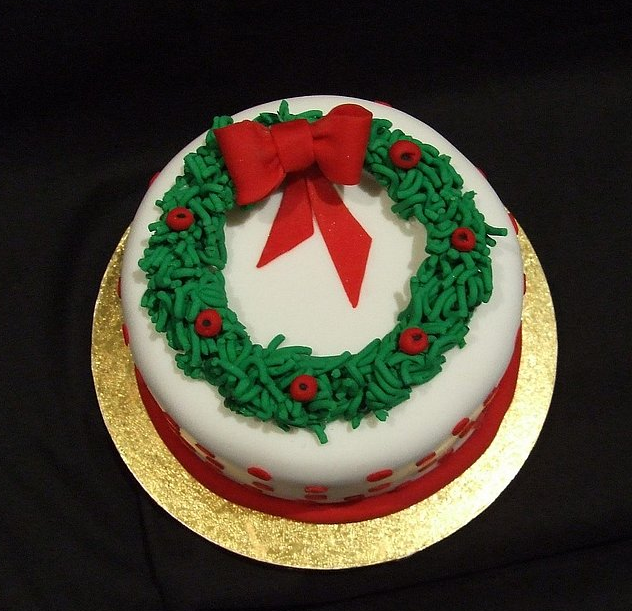 Cake Decorating Ideas For Christmas : ADULT Age 16 and older BASIC CAKE DECORATING: