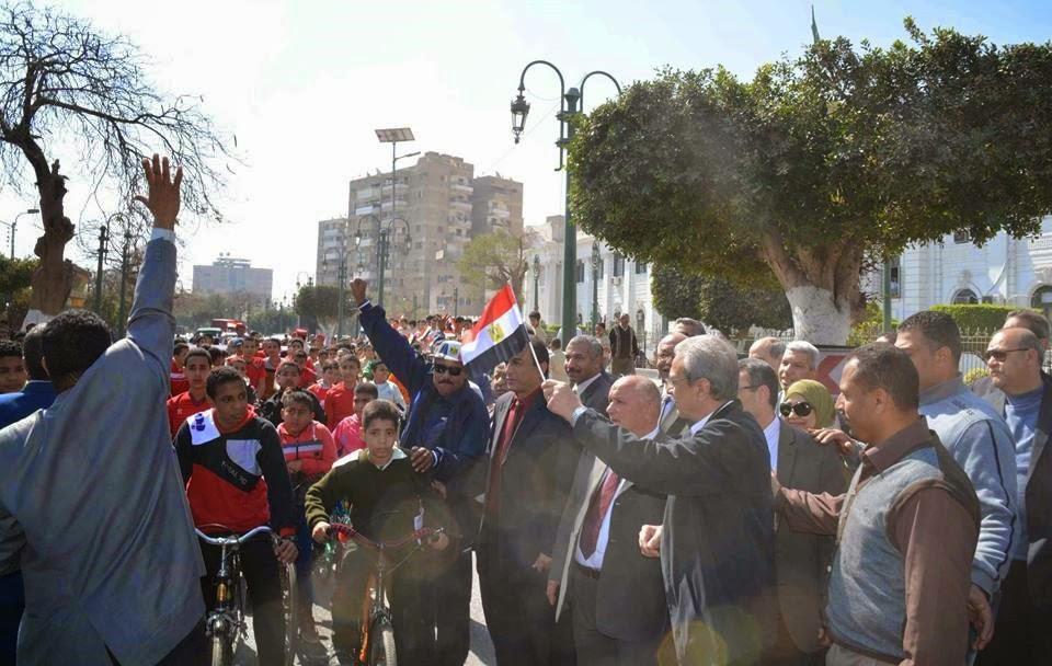 """محافظ المنيا """" يشهد مهرجان سباق الدراجات الاول تحت شعار طلاب ومعلمون ضد الارهاب """""""