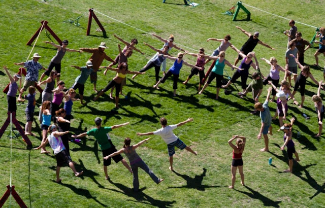 Slackline-yoga