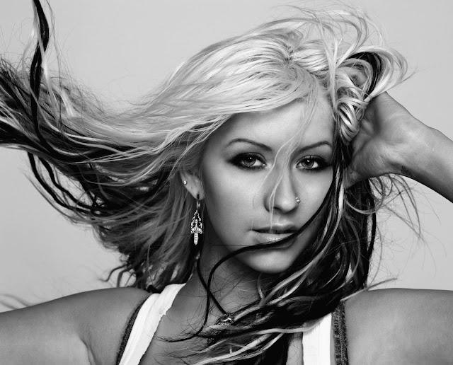 Pictures of Christina Aguilera 06