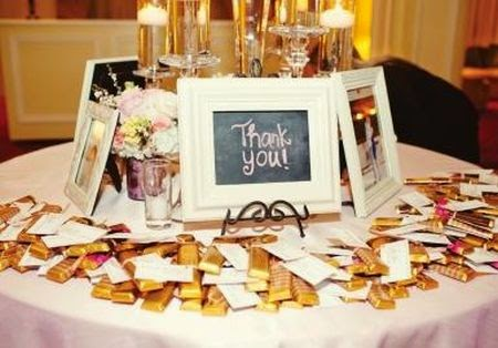 10 Great Wedding Favor Display Ideas