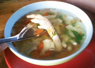 Resep Cara Membuat Sayur Sop Ceker Ayam Sederhana