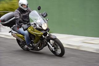 Treinando Contra-Esterço, no evento Brasil Motorcycle Show, em Curitiba PR