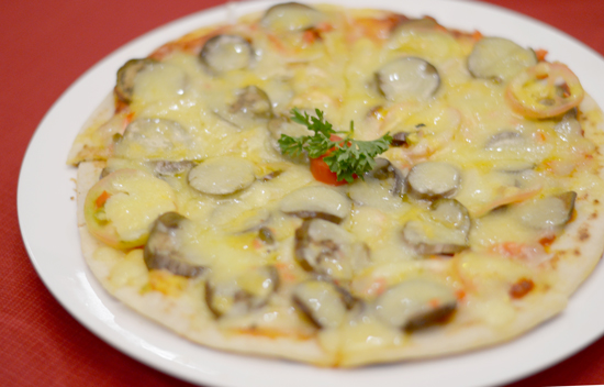 Pizza at Zabadani Cafe and Restaurant, Davao City