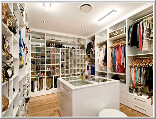 Can You Image Having A Closet Like These? And Even Better Would Be To Have  The Wardrobe To Put In These Fabulous Closets!