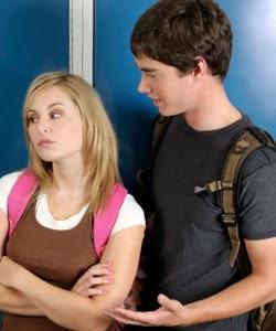 3 Hal Yang Bikin Pacar Kamu Ngambek Berat