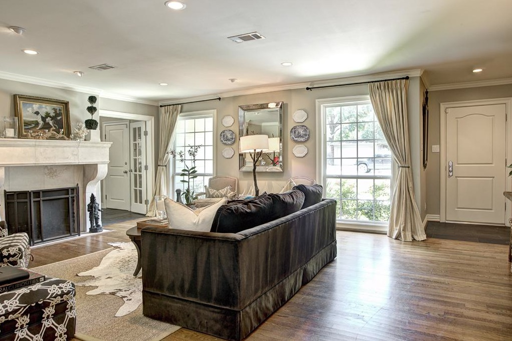 French Country Style 1950 S Ranch Style Home Gets A