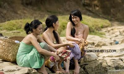 gadis,desa,bugil,telanjang