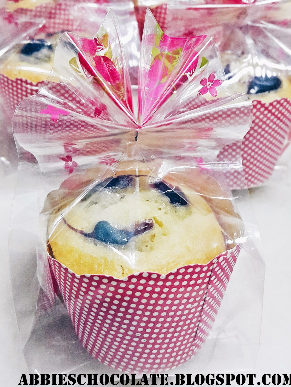 Abbies Chocolate: Simple Muffins Door gift! [suggested]