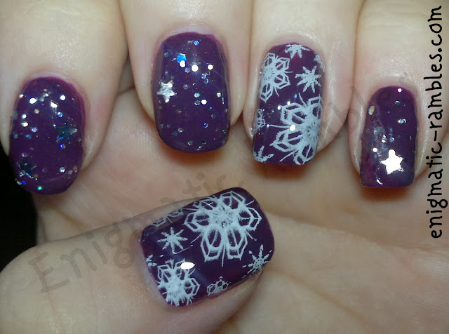 stamped-snowflake-snow-flake-nails-nail-art-bundle-monster-BM323-mua-deepest-purple-kleancolor-silver-star-sinful-colors-snow-me-white