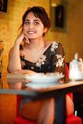 Haritha glamorous photo shoot-thumbnail-4