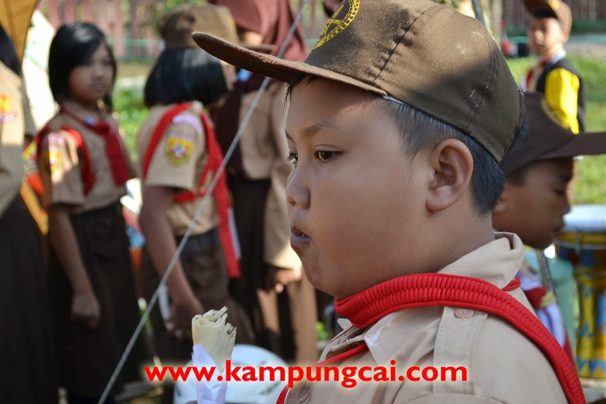 Kegiatan Pramuka di Kampung Cai Rancaupas Agustus 2014