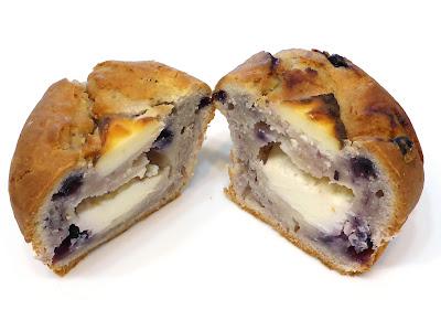 ブルーベリーとクリームチーズのマフィン(Muffin aux mytilles et fromage frais) | GONTRAN CHERRIER(ゴントラン シェリエ)