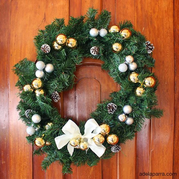 La casa de alejandra corona para la puerta diy - Coronas navidenas para puertas ...