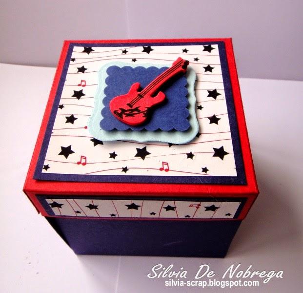 Silvia Scrap: Caja explosiva musical...
