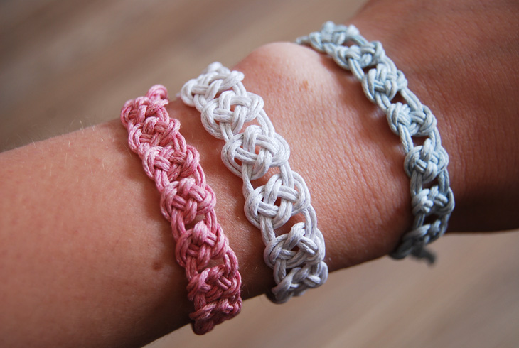 Makramee Anleitung rotkehlchen diy another knotted bracelet