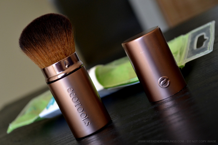 Ecotools Retractable Kabuki Powder Blush Travel Makeup Brush - Review Photos