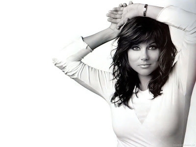 Tiffani Thiessen Hollywood Actress HD Wallpaper-1440x1280-02