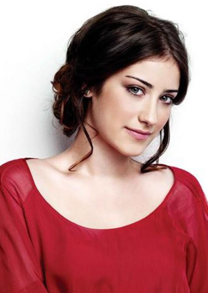 Turkish Actress Hazal Kaya