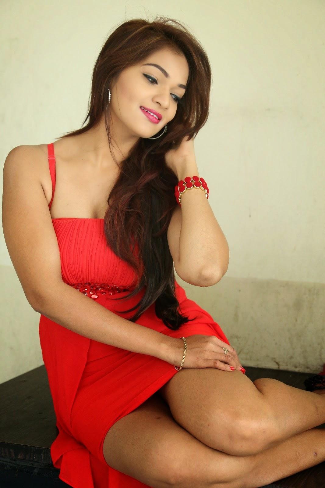 Actress Ashwini At Vinodam 100 Movie Pm Event Stills