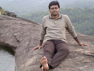 maneesh sitting on inchakkad hill, kottarackara