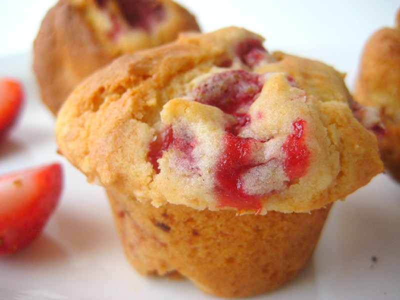 STRAWBERRY MUFFINS | Free Recipe Hub
