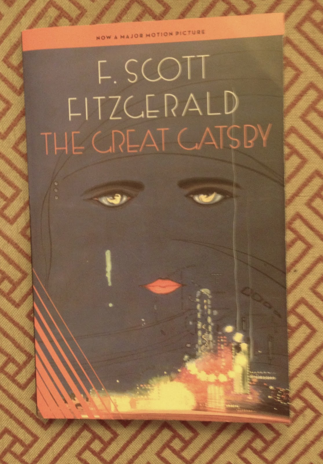 the great gatsby chap 1 3 Free summary and analysis of chapter 3 in f scott fitzgerald's the great gatsby that won't make you snore we promise.