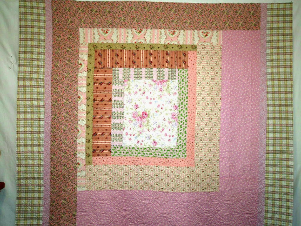 Betty Meadow Large Log Cabin Quilt