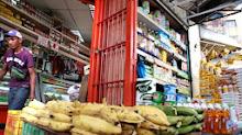 Buhoneros podrán vender productos regulados hasta que agoten existencia