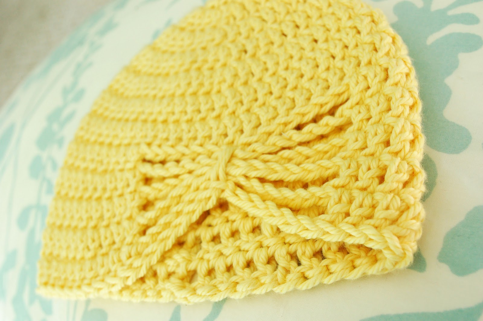 Alli Crafts: Free Pattern: Butterfly Hat - 6 months