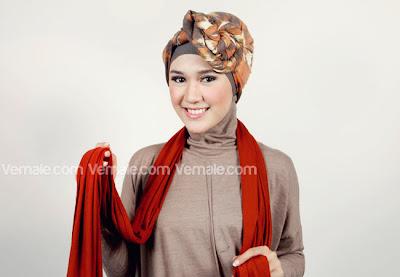 Cara Memakai Hijab Pashmina Kombinasi Tanpa Aksesoris Tidak Ribet