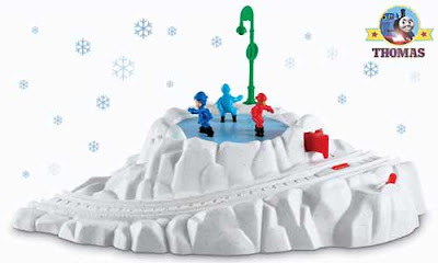 AAbattery winter toy delivery Christmas Thomas the tank engine TrackMaster motorized train track set