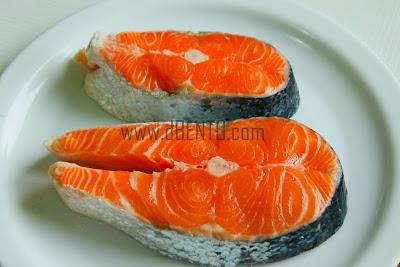 cara membeli salmon segar