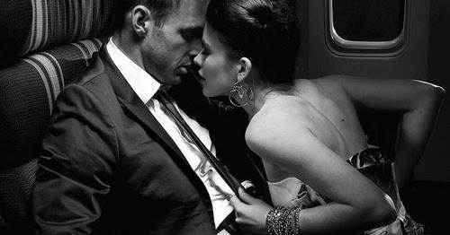男のエロティシズムは、女性の持つ肉体の美しさ、性的魅力によって動機づけられるが、女性の名声、社会的地位、知名度、あるいは権力によってではない。