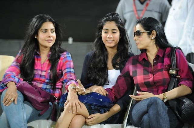 Balakrishna Daughter Tejaswini http://musicmaal.blogspot.com/2011/06/sridevi-daughter-jhanvi-at-ccl.html